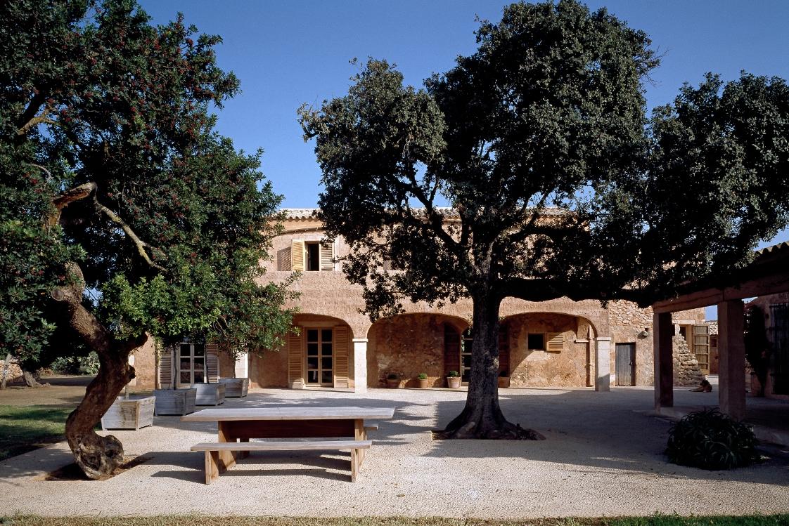 F Residence by VVDA