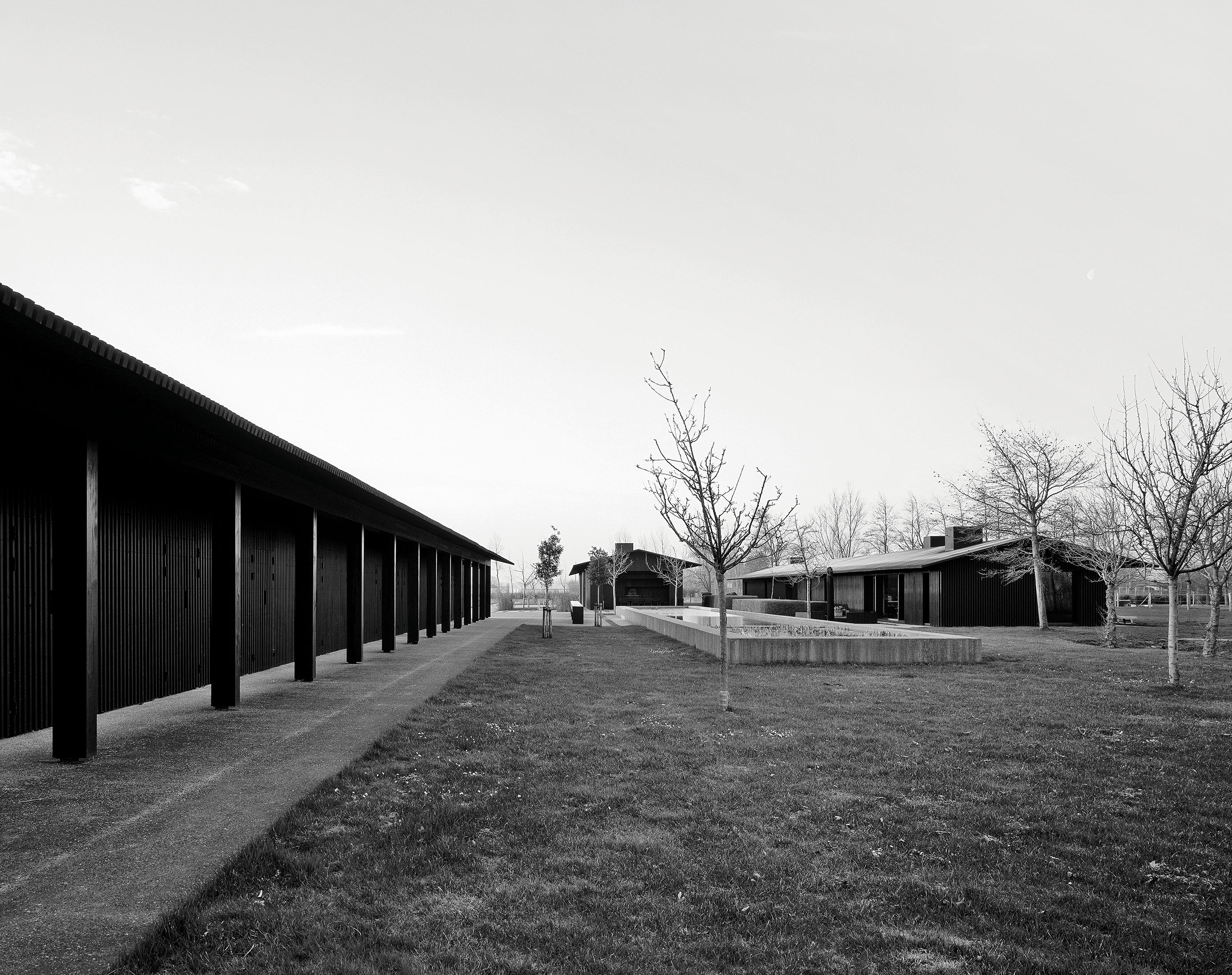 Vvda 2018 Monograph Tr Residence 05 Hélène Binet Rgb